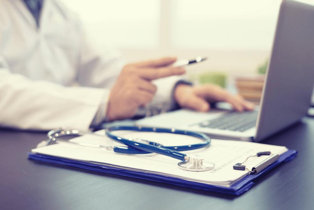 O que esperar do cirurgião plástico especialista em rinoplastia
